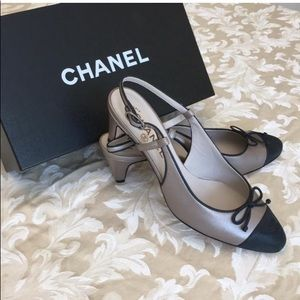 Chanel Slingback Bow Pumps